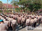 personel-gabungan-apel-gelar-pasukan-di-depan-kantor-dprd-pamekasan-madura.jpg