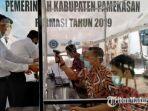peserta-tes-skb-cpns-formasi-tahun-2020-melakukan-registrasi-di-kantor-bkpsdm.jpg