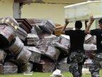 peti-mati-ditumpuk-di-stadion-pedernales-ekuador-banyak-jasad-berserakan.jpg