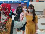 petugas-kesehatan-bandara-abdulrachman-saleh-malang.jpg