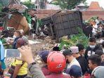 polisi-lakukan-olah-tkp-di-jalan-raya-desa-bungah-kecamatan-bungah-rabu-1032021.jpg