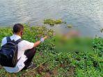 polisi-melakukan-identifikasi-terhadap-sesosok-mayat-yang-ditemukan-mengapung-di-sungai-brantas.jpg