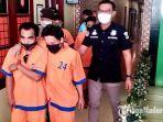 polisi-saat-mengkeler-4-tahanan-yang-kabur-dari-polres-lumajang-sabtu-28112020.jpg