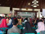 ratusan-peserta-hadiri-acara-seminar-nasiona.jpg