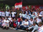 ratusan-warga-persatuan-pkl-serta-tukang-becak-dukung-jokowi-makruf-amin.jpg