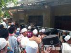 rumah-ibunda-menkopolhukam-mahfud-md-di-kelurahan-bugih-kabupaten-pamekasan-madura-digeruduk.jpg