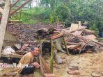 rumah-slamet-di-desa-tempuran-kecamatan-sawoo-kabupaten-ponorogo-hancur-tertimpa-pohon-sawo.jpg