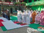 siswa-ma-ash-shomadiyah-tuban-ketika-melaksanakan-salat-gaib-untuk-kh-maimun-zubair-alias-mbah-moen.jpg