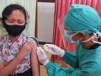siswa-sd-di-kota-blitar-mengikuti-vaksinasi-covid-19-beberapa-waktu-lalu.jpg