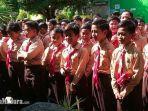 siswa-siswa-sdn-bugih-3-pamekasan-madura-saat-mengikuti-pramuka-rabu-1222020.jpg