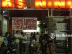 suasana-anggota-dkr-saat-melakukan-protes-di-depan-gedung-rs-nindhita-jalan-syamsul-arifin.jpg