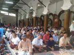 suasana-jelang-salat-idul-adha-1440-h-di-masjid-rahmat-jalan-kembang-kuning-surabaya.jpg