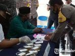 suasana-pelaksanaan-tes-urine-di-mapolsek-ketapang-kabupaten-sampang-madura-rabu-4112020.jpg