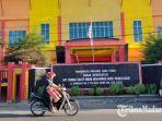suasana-rsu-mohammad-noer-jalan-bonorogo-kabupaten-pamekasan-madura-senin-122021.jpg