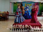 suasana-saat-lomba-fashion-show-berlangsung-di-aula-smp-katholik-santo-thomas-pamekasan.jpg