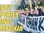 suporter-sepakbola-indonesia-di-surabaya-solidaritas-suporter-timnas-indonesia-ditahan-di-malaysia.jpg