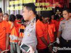 tersangka-am-46-warga-desa-pesanggrahan-kecamatan-kwanyar-kabupaten-bangkalan.jpg