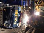 truk-polisi-terguling-usai-alami-kecelakaan-beruntun-di-jubung-jember.jpg