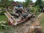 truk-tangki-pertamina-terbalik-di-jalan-raya-surabaya-madiun.jpg