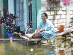 warga-desa-dungus-memilih-bertahan-ketimbang-mengungsi-sabtu-1142020.jpg