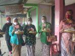 warga-yogyakarta-yang-mengirimkan-makanan-untuk-gubernur-jawa-tengah-ganjar-pranowo.jpg