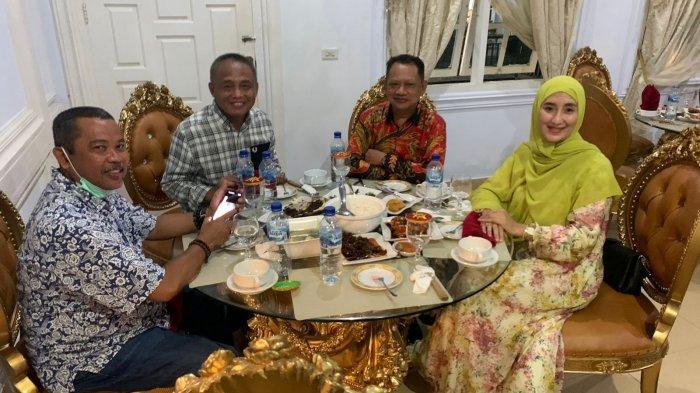 Walikota Baubau Jamu Gubernur Lemhanas dan Bupati Pangkep dengan Sop Ikan Parende - 12002021_jamuan_makan_malam.jpg