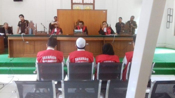 Jaksa Penuntut Umum 'Kejar' 7,5 Kilogram Emas Milik Istri Bos Abu Tours