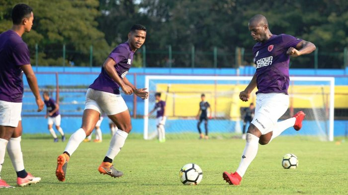 Jelang PSM Vs Borneo FC, Coach Robert Penasaran Kemampuan Bruce, Kamis Ini Ditunggu Nasibnya?