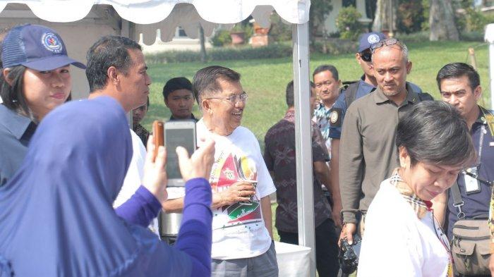 Sekira 1.500 Alumni Unhas Meriahkan Halalbihalal Ika Unhas 2018 di Istana Kepresidenan Cipanas - 20180724_ika_unhas_1_20180724_033823.jpg