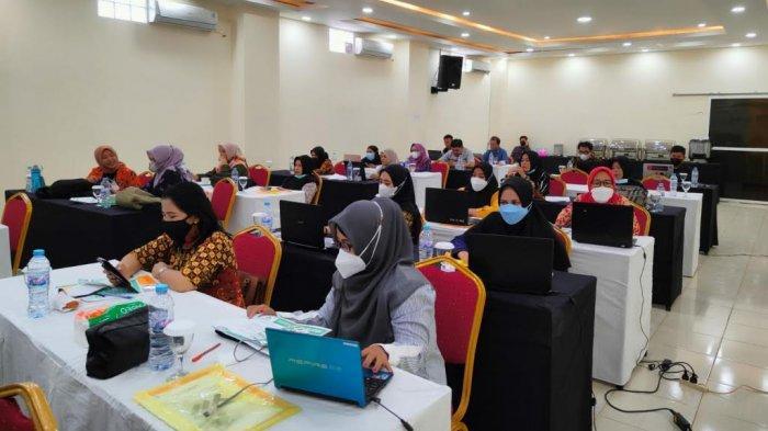 24 Sekolah di Palopo Dilatih Skill Kehumasan, Hadirkan Komisioner KPI Pusat