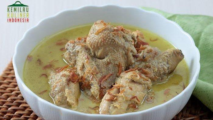 Opor Ayam Gurih