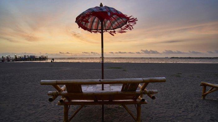 6 Tips agar Liburan ke Pantai Akkarena Makin Seru, Jangan Lupa Bawa Kacamata Hitam!