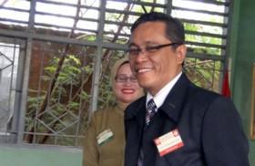 Rektor UNM Melayat ke Rumah Dr Ahyar Anwar