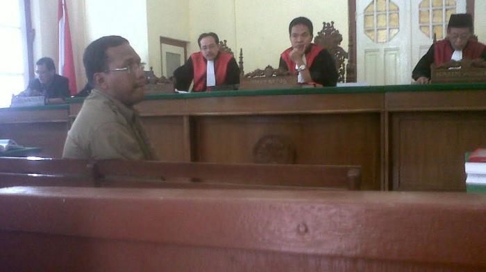 Siapa Ibrahim Palino? Ketua Majelis Hakim Agung Sucipto, Kontraktor Penyuap Nurdin Abdullah