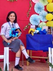 Adelyn Igreya Pillo Raih Nilai Tertinggi Bahasa di SMAN 5 Tana Toraja, Intip Tipsnya
