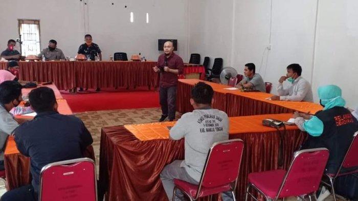 Dihadiri Anggota KPU Sulbar, Relawan Demokrasi Mamuju Tengah Ikuti Pembelajaran Terarah