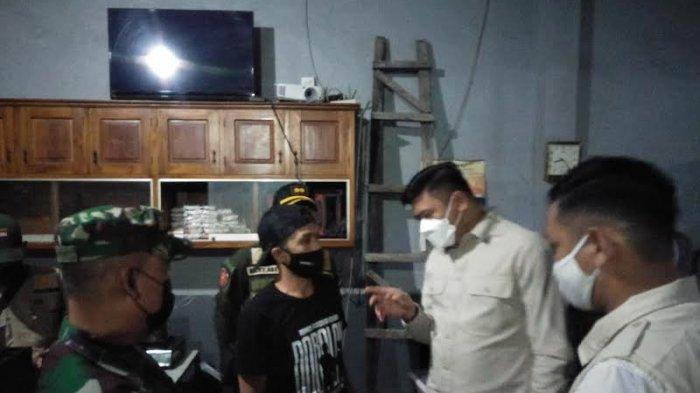 Layani Pengunjung Hari kedua PPKM Mikro, Pemilik Warkop di Gowa Diberi Sanksi Teguran Tertulis