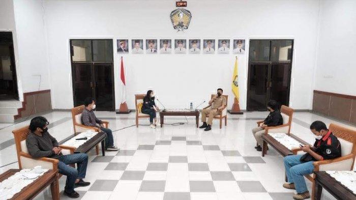 FOTO; Pemkab Gowa Gandeng Polri dan Mahasiswa Gelar Vaksin Kemerdekaan - adnan-purichta-ichsan-menerima-kunjungan-aliansi-ketua-nasional-lintas-jurusan-keprofesian-3.jpg