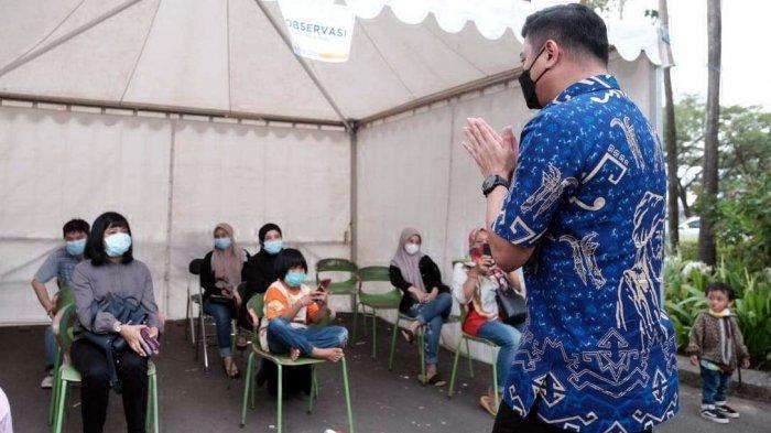 FOTO: Vaksinasi Covid-19 Massal Kabupaten Gowa Melebihi Target - adnan-purichta-ichsan-meninjau-pelaksanaan-vaksinasi-massal-di-citraland-celebes-3.jpg