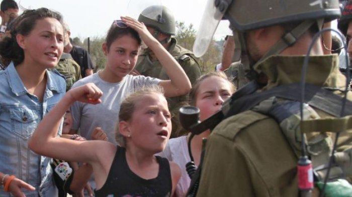 Ingat Ahed Tamimi yang Berani Tampar Tentara Israel? Diperlakukan Seperti Ini Ketika Dipenjara