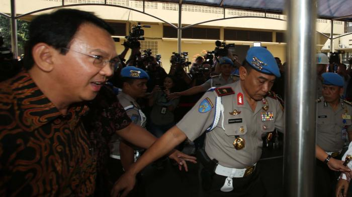 Saksi Ahli Ahok Mendadak Tinggalkan Indonesia