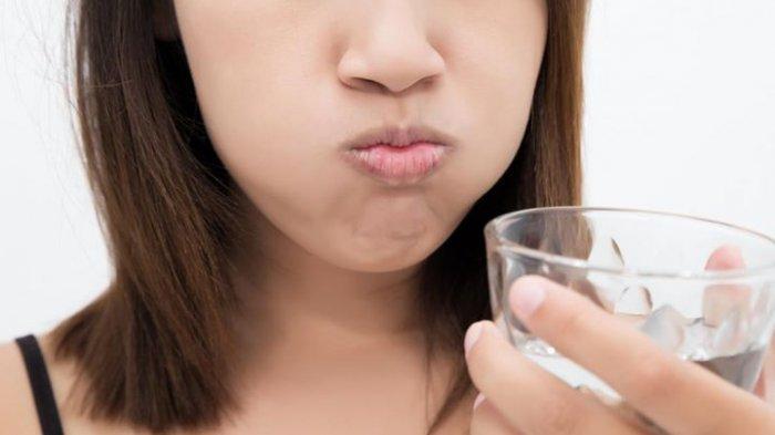 Fakta atau Mitos, Kumur Air Garam Bisa Hilangkan Batuk, Flu Hingga Gejala Infeksi Virus Corona