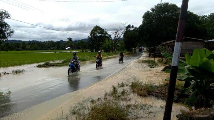 Air Sudah Surut, Jalan Trans Sulawesi di Larompong Selatan Luwu Kembali Normal