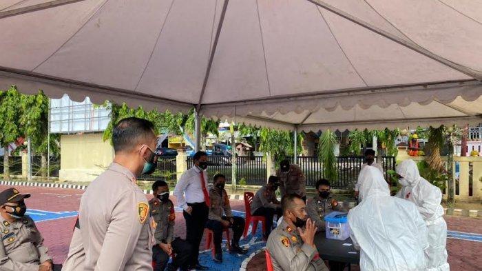 Cegah Penyebaran Covid-19, Polisi di Enrekang Jalani Swab Antigen