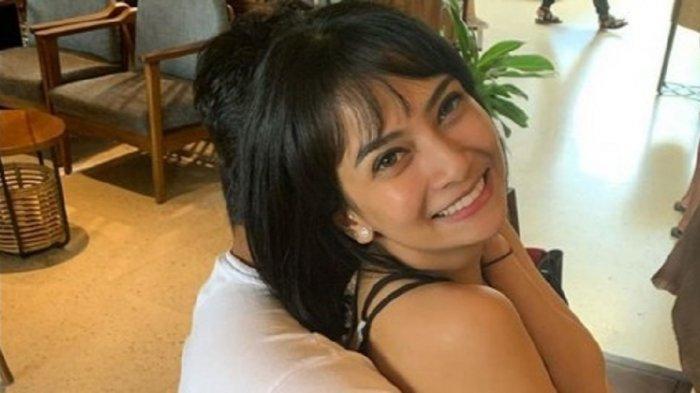 Akhirnya Vanessa Angel Blak-blakan Ungkap Sosok Suaminya 'Terima Kasih Mas'