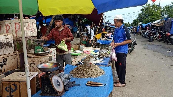 Aktivitas Pasar di Mamuju Sulbar Kembali Normal