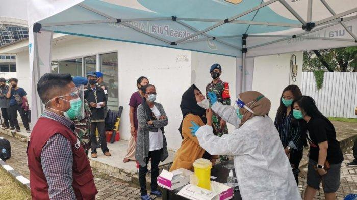 Alhamdulillah! Rapid Test Antigen di Bandara Sultan Hasanuddin Makassar Gratis, Penumpang Antre