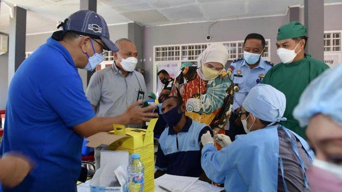 Vaksinasi Warga Binaan Lapas Narkotika Kelas IIA Sungguminasa Rampung