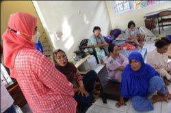 Usai Kebakaran RS Dadi, Legislator Komisi Kesehatan Aliyah Tinjau Pasien