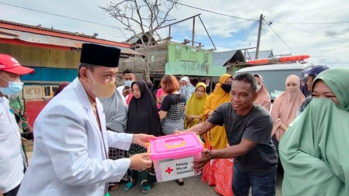 Bupati Wajo Janji Sumbang 200 Lembar Seng untuk Korban Angin Kencang di Desa Botto